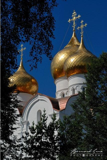 Une bien belle photo de la Cathédrale de la Dormition à Iaroslavl