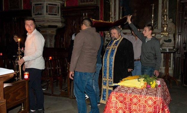 Les orthodoxes de Corse célèbrent Pâques autrement ( article Corse Matin)
